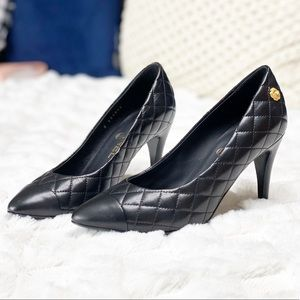 CHANEL Shoes - CHANEL - New leather diamond stitch pumps